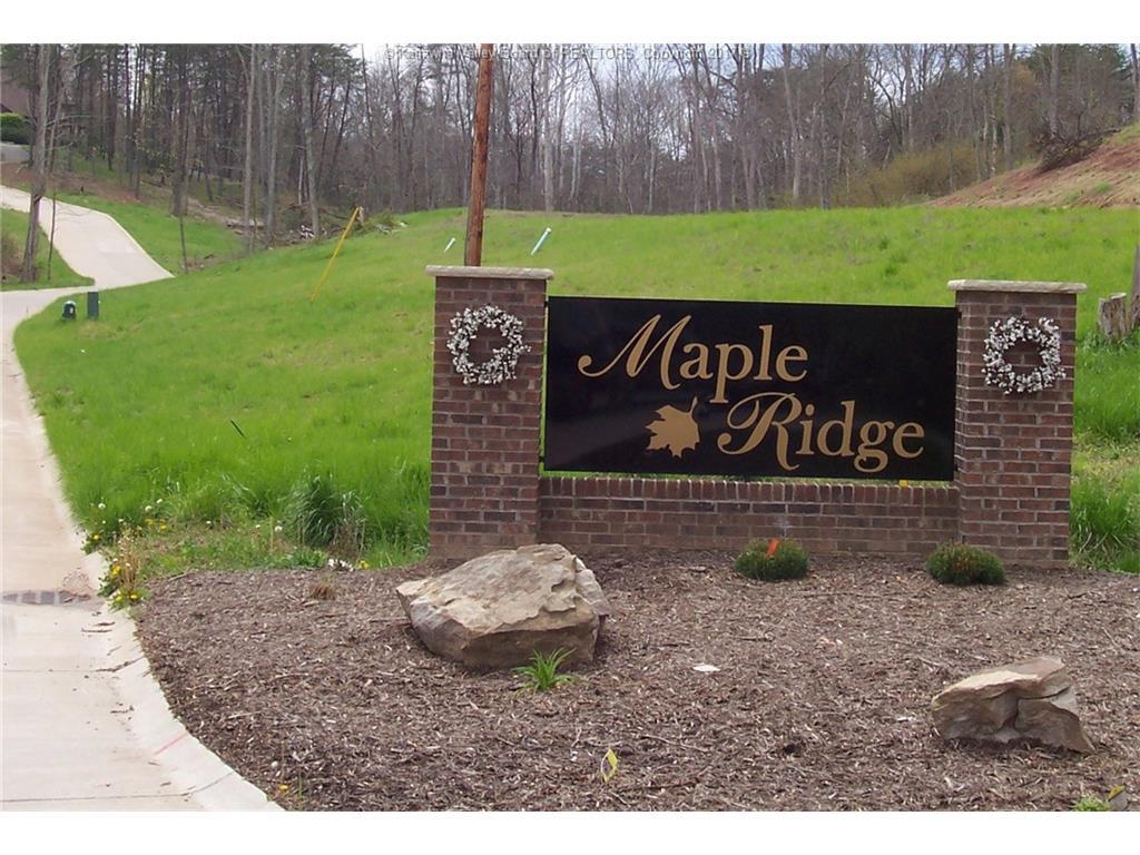 428 Maple Ridge